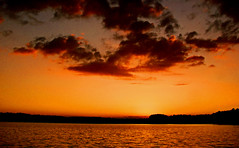 daylight fading.... (bdaryle) Tags: sunset nature water clouds atardecer golden sony silhouettes nubes daylightfading brandondaryle bdaryle imagesbybrandon