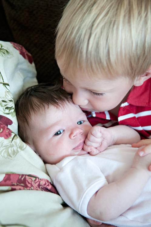 Eli kissing Maggie