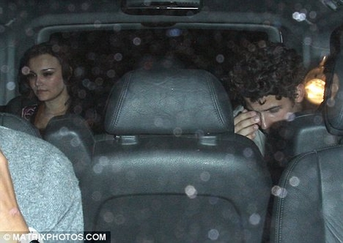 nick-jonas-samantha-banks-date%20(4)