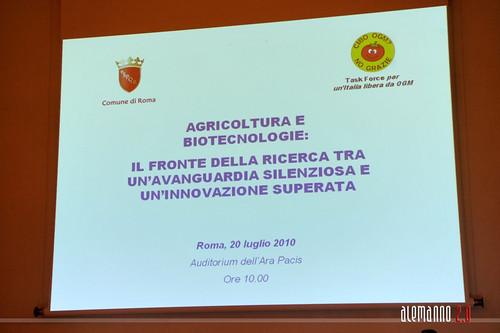 Per un 'Italia libera da OGM