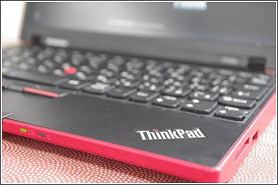 ThinkPad X100eのインターフェースをチェック