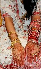 Mavia's Bridal Henna: June 2010 (Henna Craze) Tags: wedding party art feet tattoo engagement hands artist michigan indian detroit annarbor ypsilanti arab pakistani shaadi bridal henna craze bodyart mehndi middleeastern kitab westbloomfield mhendi sumeyya hennacraze
