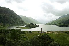 Scotland, Glenfinnan (Gensu) Tags: leica mountain mountains berg landscape scotland aperture raw dof bokeh berge explore vignetting landschaft glenfinnan x1 schottland dng vignettierung leicax1 aperture30