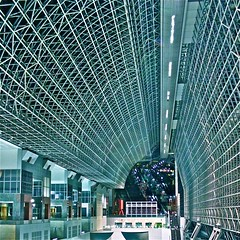Inside the main hall of Kyoto JR Train Station-1 (Hopeisland) Tags: station japan night train kyoto soe 2010       flickraward jrtrainstation