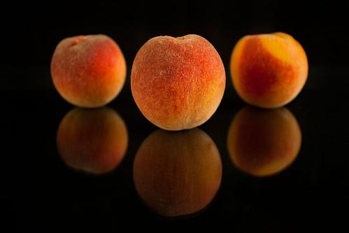 Organic Frost Peaches