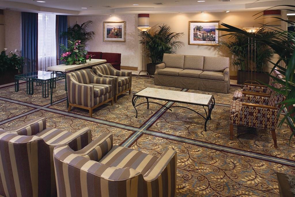 Buena Vista Suites Orlando Lobby