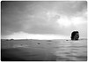 Fryslân (Y♥YNTL) Tags: bw lake water face mirror meer zwartwit yacht spiegel wolken bubbles boom mast lucht friesland trein ijsselmeer stavoren bubbels zeilboot gezicht fryslân staveren starum waterbubbels nijefurd