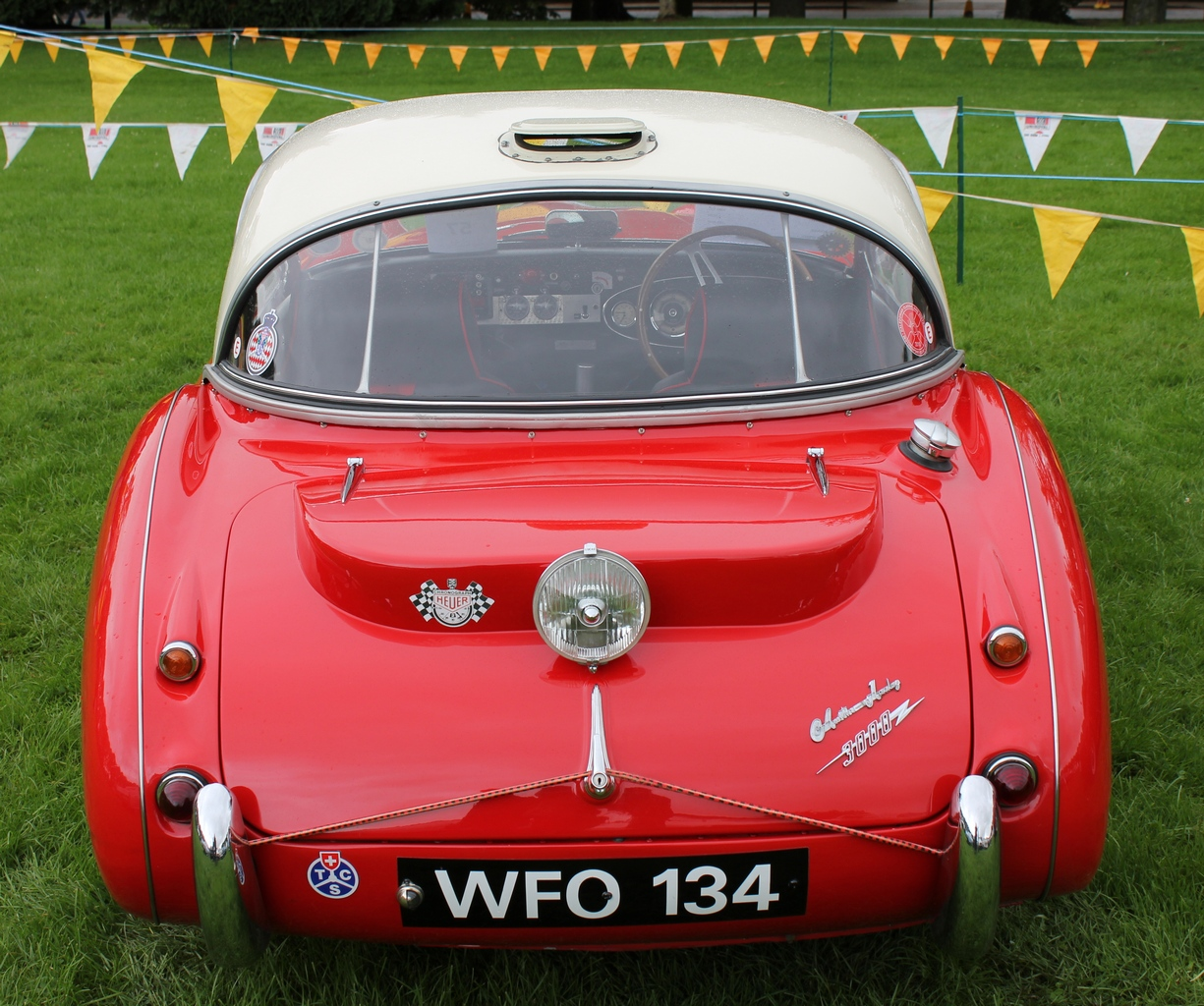 1959 Austin Healey 3000 1024 x