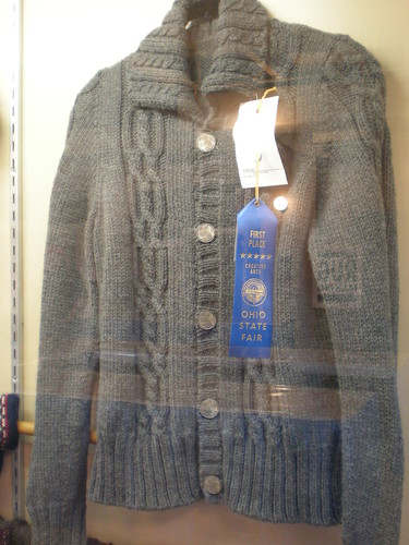 016-sweater