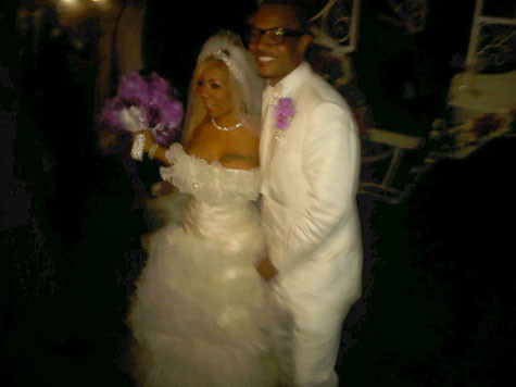 T_I_-Tinys-Wedding-Picture