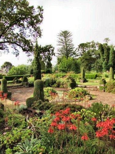 20100804-rq-13-sunken garden