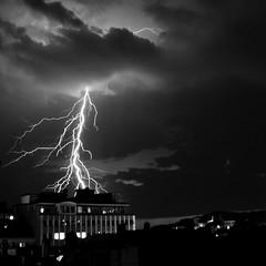 40D-1785.jpg (roybjorge) Tags: storm weather night lightning bergen thunder bergenkino