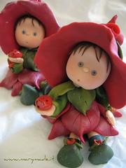 Polymer clay Flower Fairy (marytempesta) Tags: flowerfairies ooakdolls fairycaketopper polymerclayfairy flowerdolls caketopperfairy polymerclayfairycaketopper