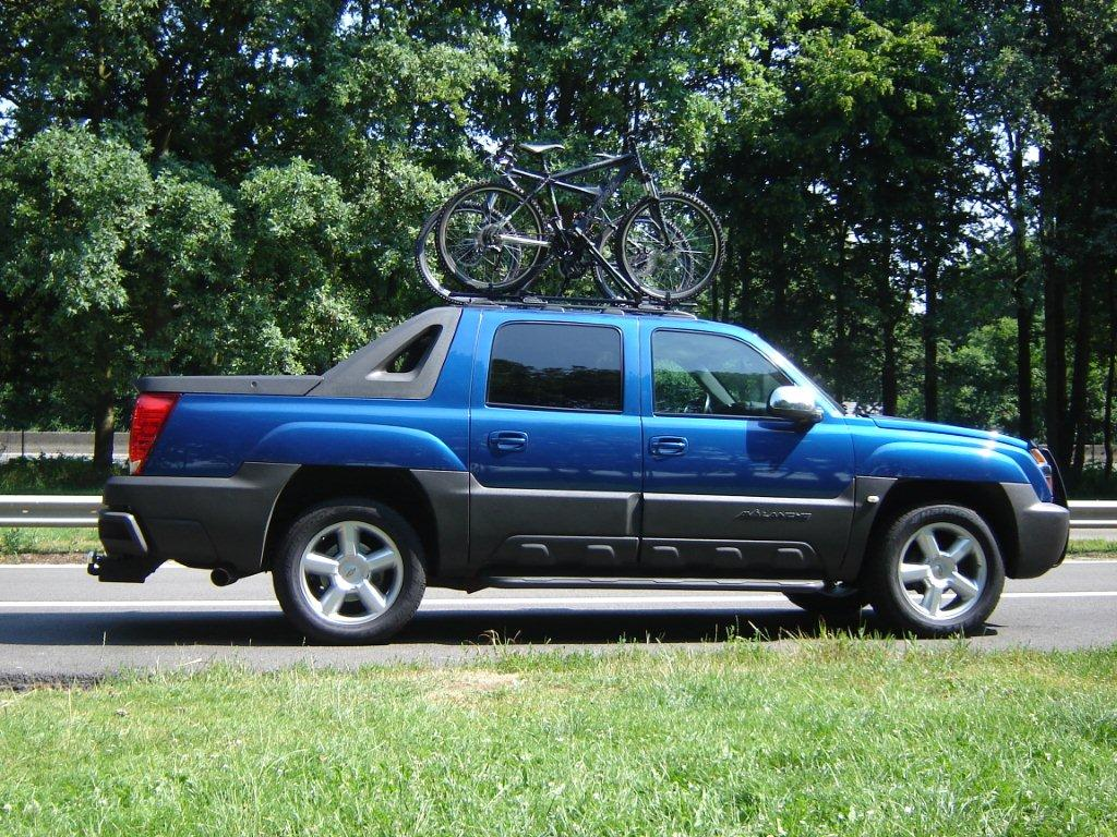 It would be cool if everybody post pics of their avalanche with a tent here if topicstarter agrees ofcourse