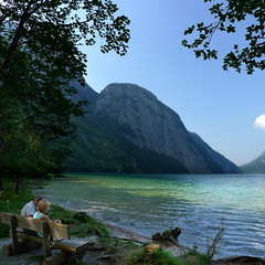 Thinking of early retirement at lake Knigssee (Bn) Tags: lake germany bavaria berchtesgaden topf50 relaxing peaceful kings future fjord summertime hikers paragliding thealps topf100 bluelake retirement paragliders cleanwater knigssee southgermany berchtesgadenerland 100faves 50faves nationalparkberchtesgaden berchtesgadennationalpark retirementplan germanbavarianalps hetzwitserlevengevoel schnauamknigssee berchtesgadenalps stretchesabout77km formedbyglaciers nearborderwithaustria picturesquesetting sheerrockwalls royalmountainexperience cleanestlakegermany playflugelhorn steeplyrisingflanksmountainsup2700m hikingtrailssurroundingmountains mostbeautifulareaalps mostsmaragdcolouredlake mostknigssee