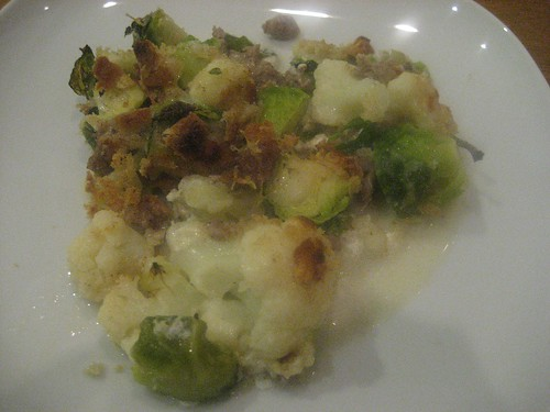 Cauliflower and brussels sprouts gratin