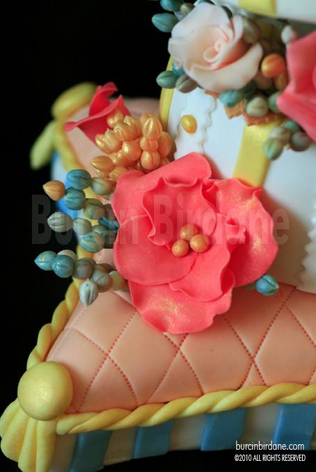 Pillow Cake 4