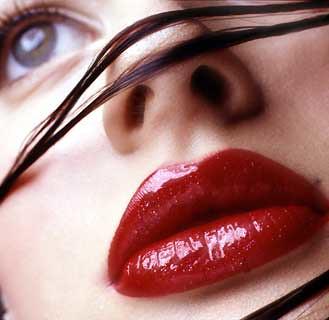 maquiagem para aumentar os labios
