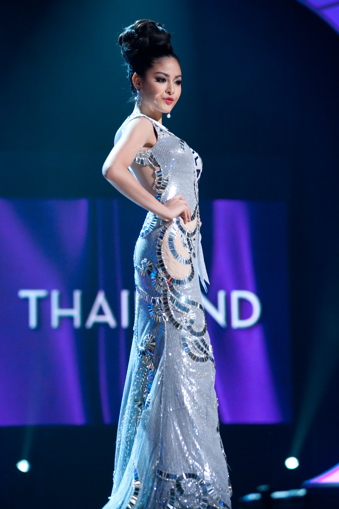 Miss Universe 2010 Thailand evening gown