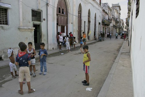 A street scene, Habana Vieja