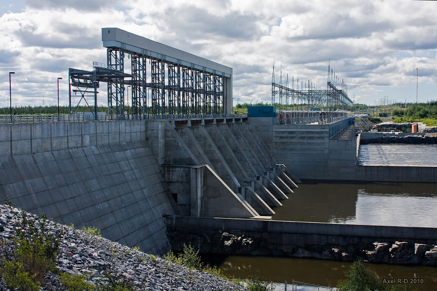 hydroelectric generator thesis Micro-hydroelectric project phase iii   phase iii development of a micro-hydroelectric power generating system is focused on  ratio based on the generator.