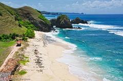 Seger Beach, Lombok (Washi88) Tags: indonesia nikon singapore id 2009 lombok d90