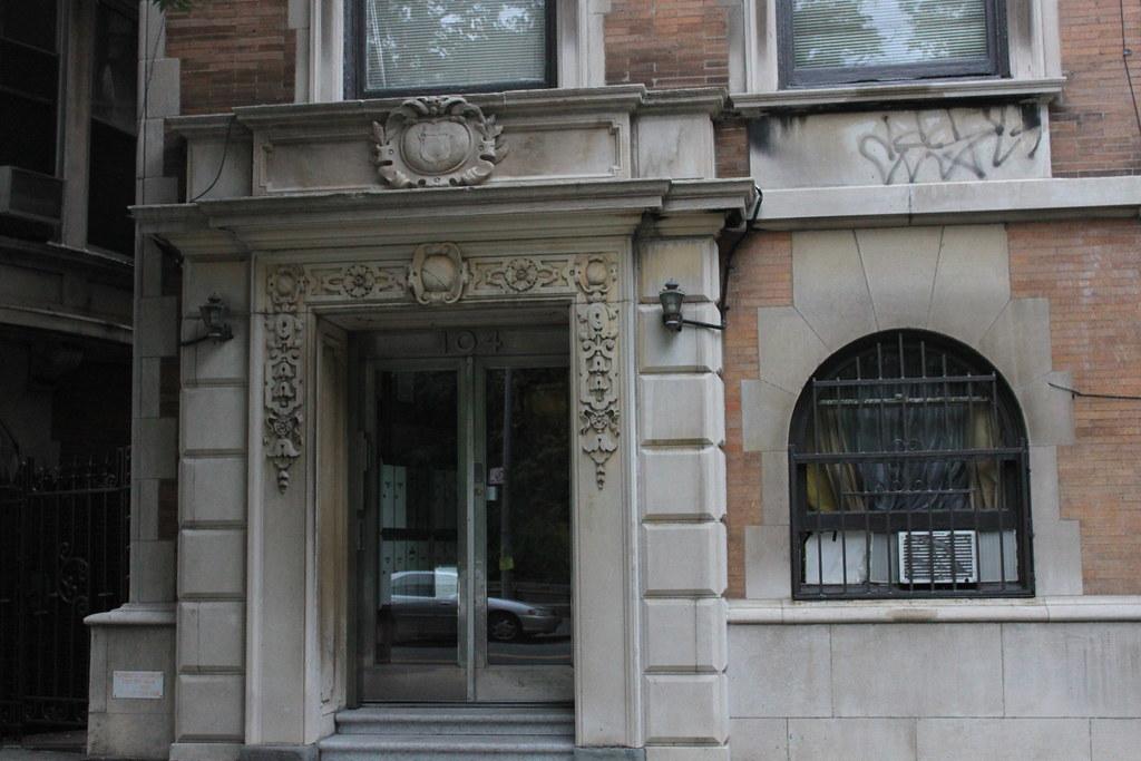 104 Riverside Drive House