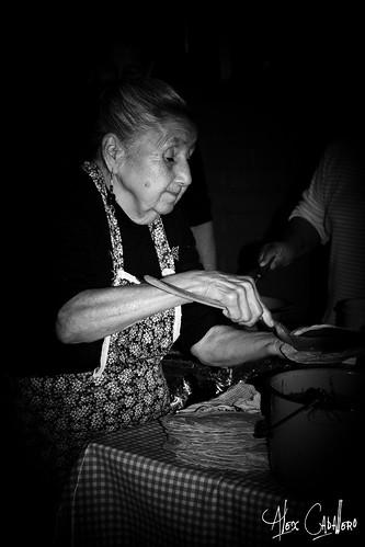 Con la receta de la Abuela by Alex Caballero.