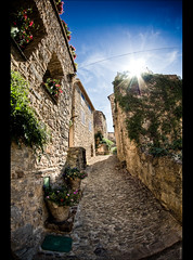 Ruelle typique de Roquebrun (Audrey Meffray) Tags: sky cloud sun france nature wall soleil town village pierre south ruelle 8mm mur 34 contrejour sud hrault bziers samyang samyang8mmfisheye samyang8mm