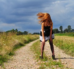 (sonitko) Tags: road summer sky holiday girl grass hair way dress wind sonitko nikond5000