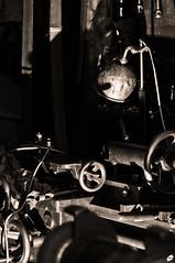 L'atelier de Michel / Michel's Workshop (EricWeyenbergh.com) Tags: bw nikon mechanical tools nb workshop blacknwhite atelier lightroom d300 mcanique outils ericw59 ericweyenbergh