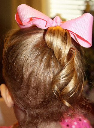 pony-tail-curl