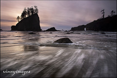 Wait a Second... (Vinnyimages) Tags: sunset coast washington washingtonstate olympicnationalpark highway101 secondbeach lapushwashington wwwvinnyimagescom