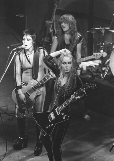 the runaways_03