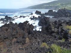 San Roque do Pico 170611_249 (jimcnb) Tags: 2017 juni urlaub azoren azores açores pico picoisland sanroquedopico coast rocks brandung