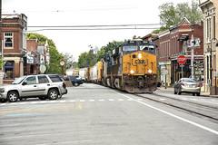 Small town America. (Machme92) Tags: bnsf clouds csx conrail csxt freight freighttrain american america kentucky railroad railfanning railroads railfans rails rail row railroading railfan nikon nikond7200