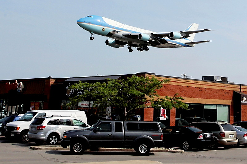 Air Force One - Toronto