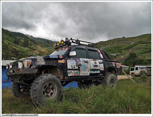 Kundasang Novice 4x4 Challenge - Toyota Hilux LN106
