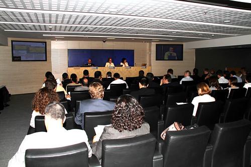 """Jornada sobre oriente medio """"Las Monarquías del Golfo: un camino abierto a la diversificación"""" (Auditorio Banco Sabadell, Barcelona)"""