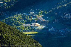 Andorra rural: L'Aldosa, La Massana, Vallnord, Andorra, Pyrenees (lutzmeyer) Tags: above primavera june juni rural sunrise photography photo spring europe foto fotografie dorf village image photos pueblo picture fotos valley tele fotografia bild sonnenaufgang junio oben andorra imagen pyrenees tal iberia frhling pirineos pirineus iberianpeninsula juny pyrenen poble frhjahr fromtop vallnord imatge lamassana sispony iberischehalbinsel ef300 sortidadelsol aldosa laldosa lamassanaparroquia lutzmeyer lutzlutzmeyercom