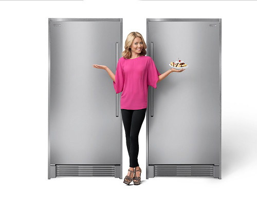 Kelly Ripa / Electrolux Ultimate Banana Split Campaign