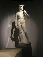 David (me_suz) Tags: david statue göteborg sweden exhibition shadowplay michelangelo staty andtherewaslight