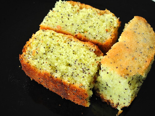 IMG_0116 Lemon Poppy Seeds Cake