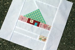 Time For Me To Fly (green ink) Tags: house 30 quilt block scrapbeelooza 60blocksofsummer