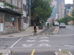 The piste cyclable-cycle track in Montreal