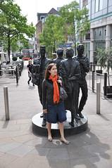 Statues Walking