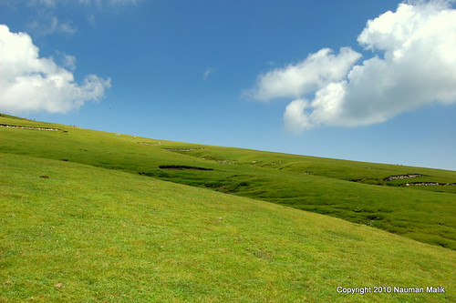 wallpapers xp 2011. Its not Windows XP Wallpaper!