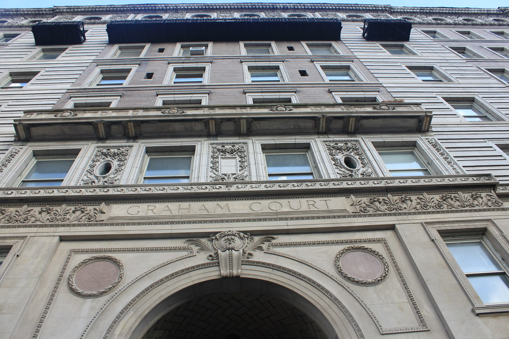 Graham Court Apartments