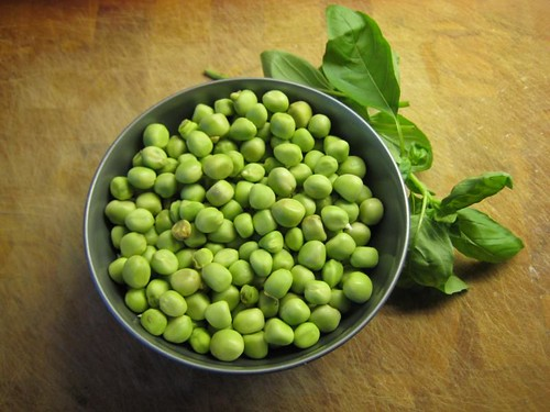 Kapucijner peas ready to go