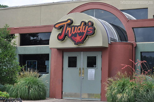 Trudy's ~ Outside
